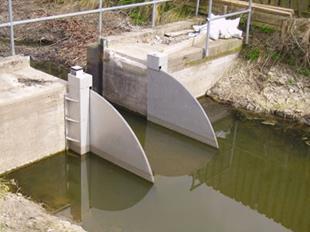 Van điều tiết mực nước cửa đập nghiêng- Tilting weir4